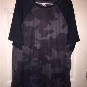 Other - Camo silk shirt sleeve shirt